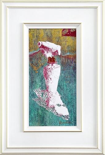 Portée par sa ruche, sérigraphie, pastel sec, cerne relief, peinture pailletée, 32 cm x 47 cm, 2019 180.00$